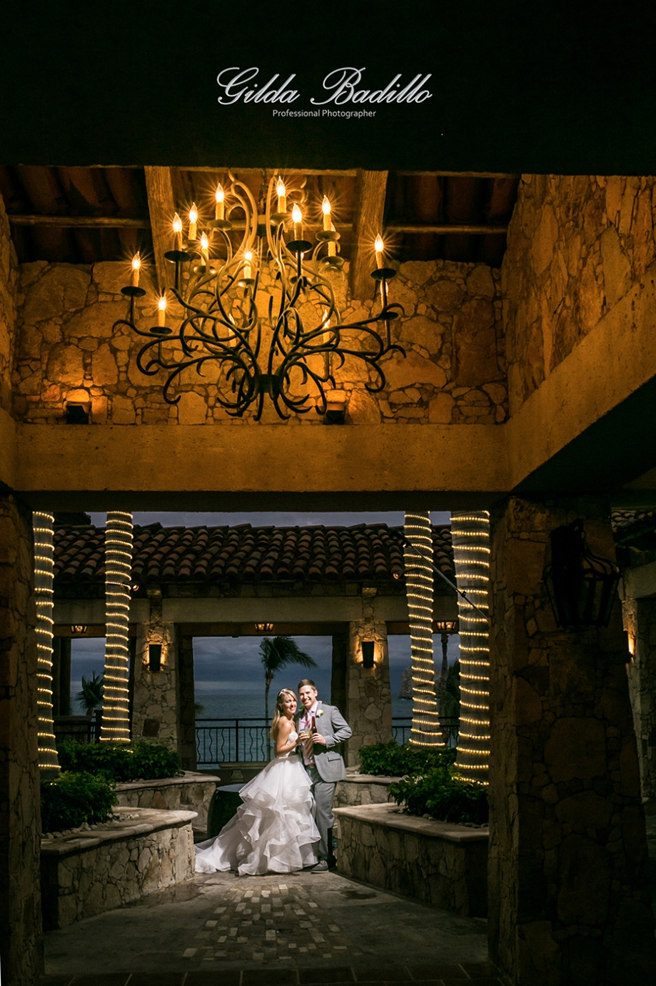 14_wedding_photographer_cabo_san_lucas_hacienda_cocina_cantina