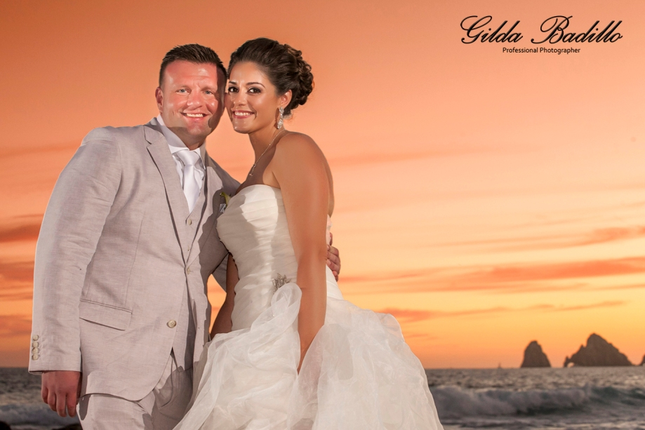 2_wedding_photographer_cabo_san_lucas_sunset_da_monalisa