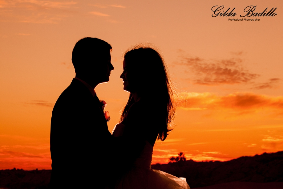 1_wedding_photographer_cabo_san_lucas_sunset_da_mona_lisa