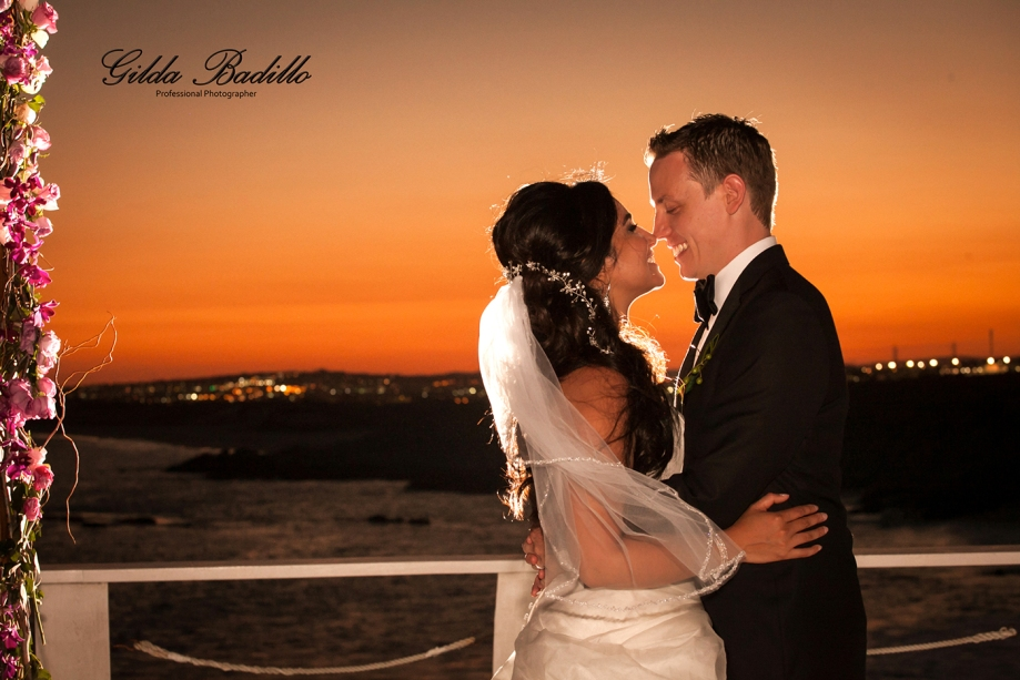 9_wedding_photographer_cabo_san_lucas_sunset_da_mona_lisa