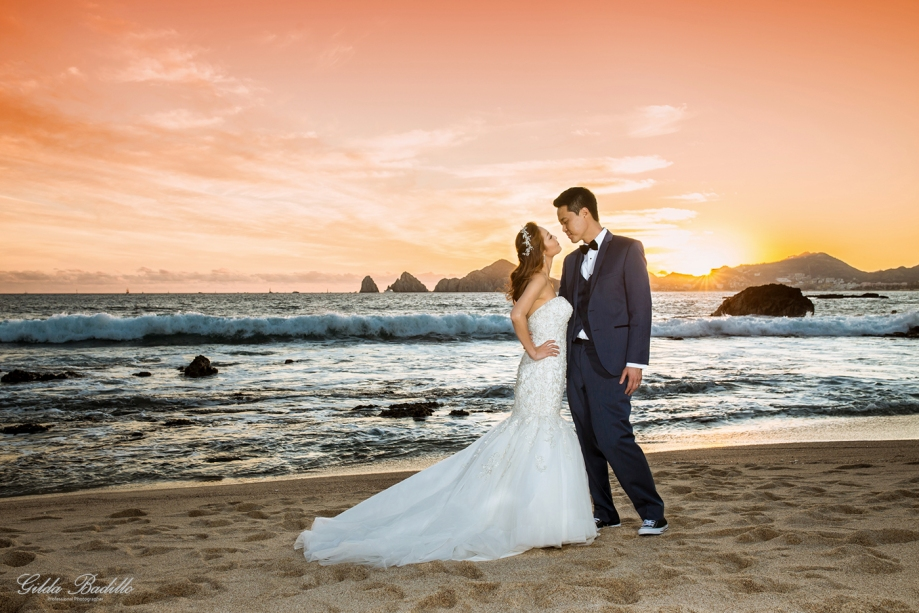 8_wedding_photographer_cabo_san_sunset_da_mona_lisa