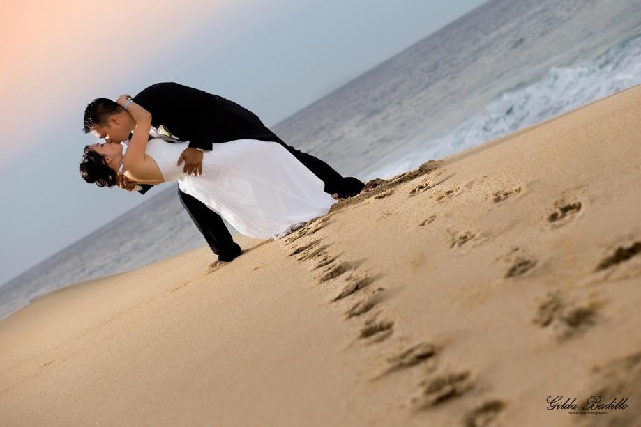 1_wedding_photographer_cabo_san_lucas_pueblo_bonito_sunset